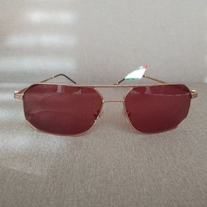 9aeac755fd John Varvatos Accessories - John Varvatos V776 Sunglasses Gold